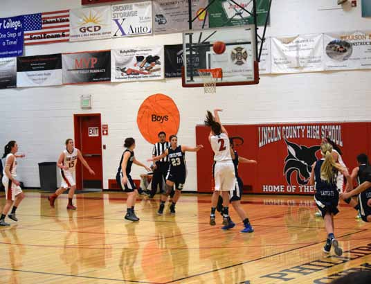 Lincoln girls get two easy wins on the road