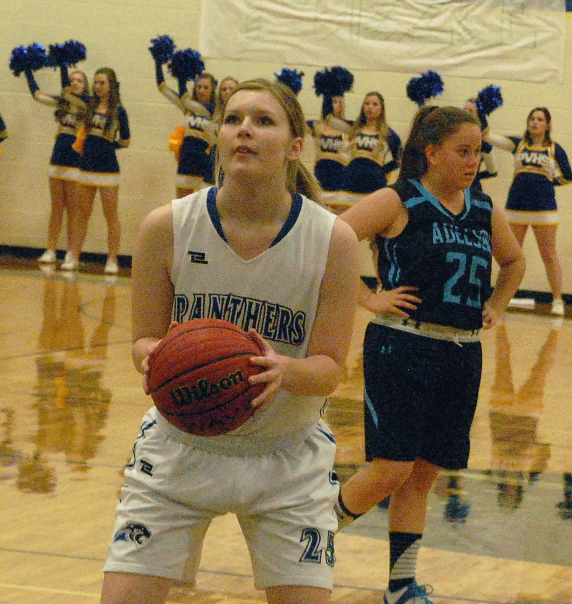 Lady Panthers remain tied for league lead