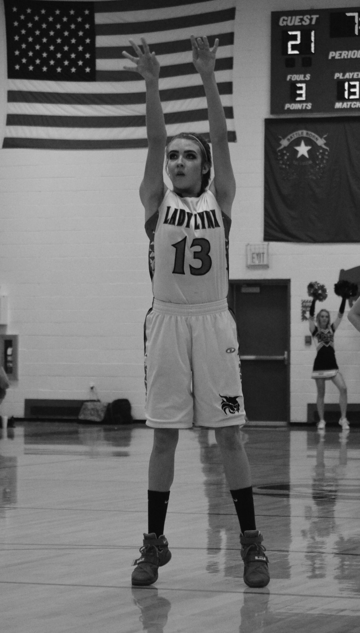 Lincoln girls drop two at home, bounce back at Adelson