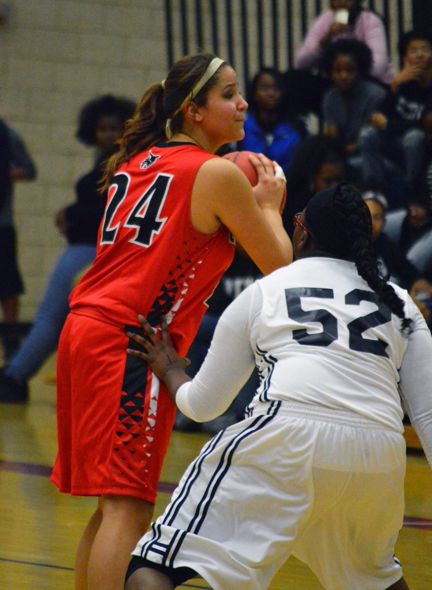 Lincoln girls take on Needles today in first round