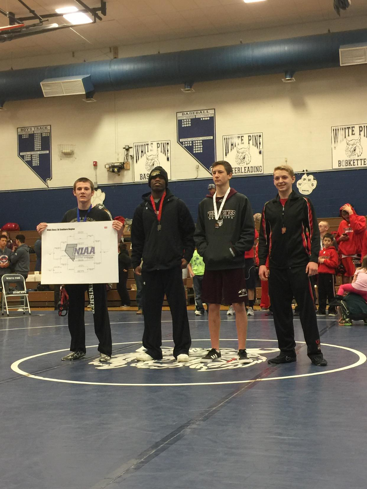 Lincoln wrestling team qualifies for State Tournament