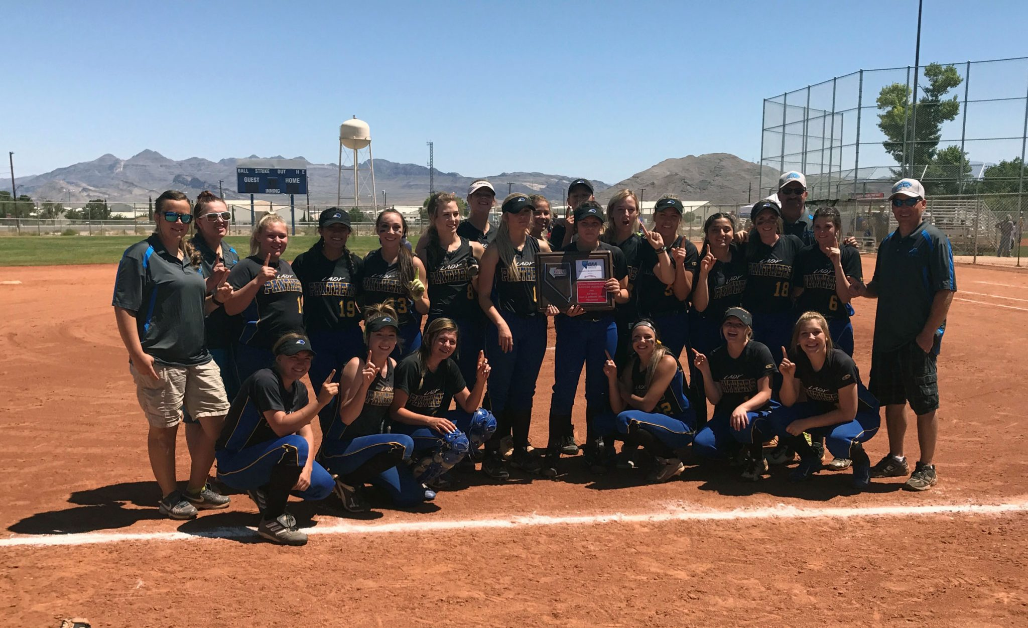 Wadsworth throws shutout to win regional title