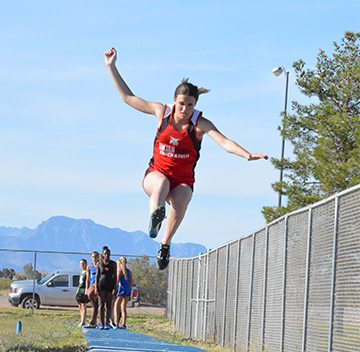 Lincoln Tracksters Compete at Moapa