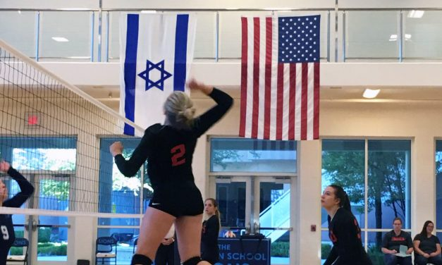Lincoln Volleyball Loses to Meadows, Beats Adelson